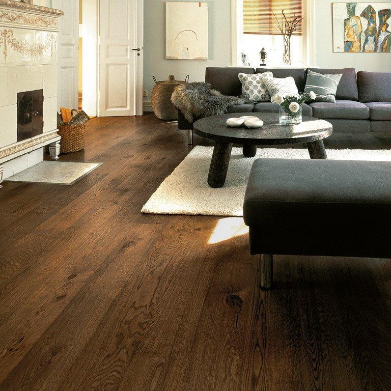 коричневый пол фото дизайн квартиры чистота, зелень